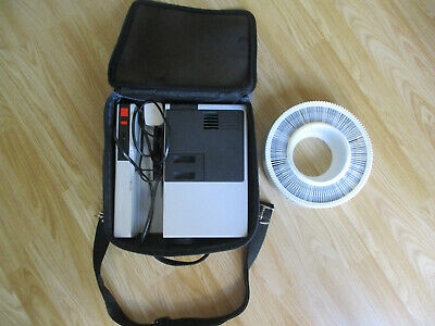 Hanimex La Ronde rf 35mm Slide Projector with carry case and 120 slide carousel