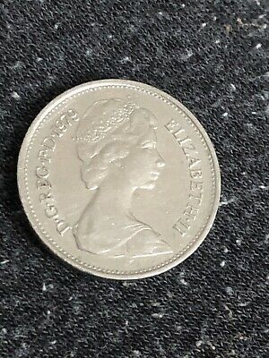 LARGE 5p FIVE PENCE COINS - 1979 - BRITISH COIN -