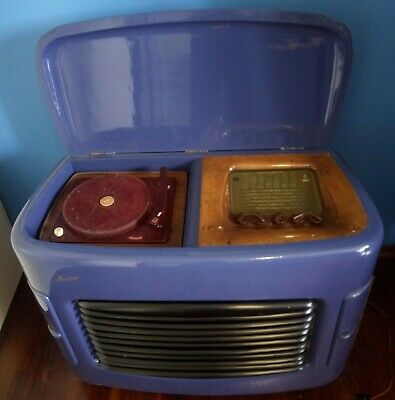 radio magnadyne S844 with turntable Polydor
