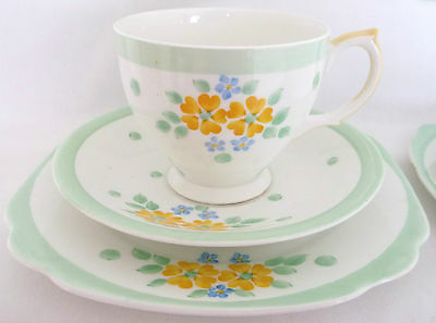 Vintage Windsor Polka Dots Spots Floral Art Deco 18-Piece Bone China Tea Set