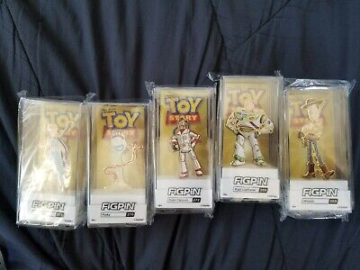 FiGPiN Classic Bundle : Toy Story 4 - Gold Collection In Hand
