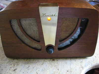 Zenith 6D030 tube radio restored and playing great