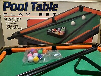 Mini Pool Table Play Set!!! Complete!!