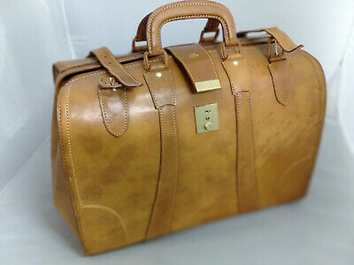 Rare Vintage Collectable Air New Zealand Leather Pilots Bag