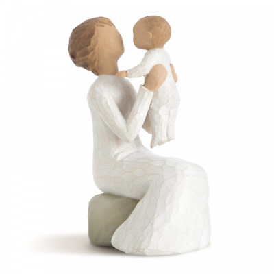 Willow Tree Grandmother 26072 Baby Figure Figurine Gift Brand New & Boxed