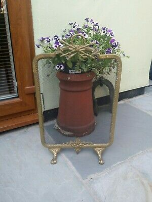 QUALITY BRASS FIRE GUARD LOVELY DESIGN MUST SEE vintage regency style