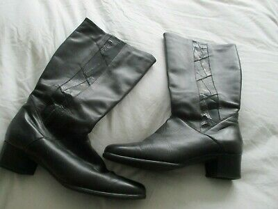 Vintage 80's/90's Lady x Italian black leather, zip mid calf length boots,size 5