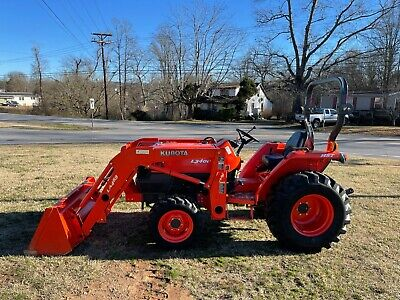 Nice Kubota L3400 4X4 Loader Tractor with Only 588 Hours