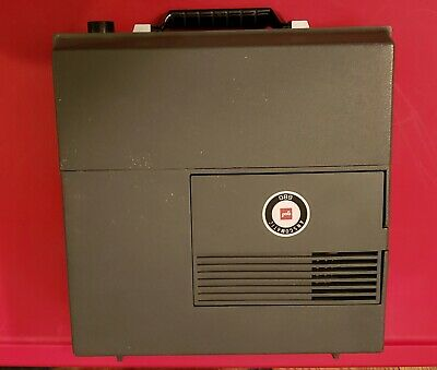 GAF Anscomatic 680 slide projectorwith wired remote, works fine