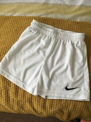 Dri Nike Shorts Aged 6-8 Years