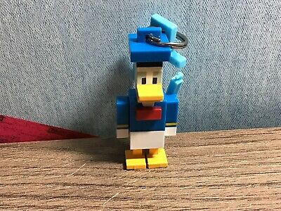 Disney Crossy Road Series 1 Mini Figure Fig Donald Duck With Stand Loose NEW