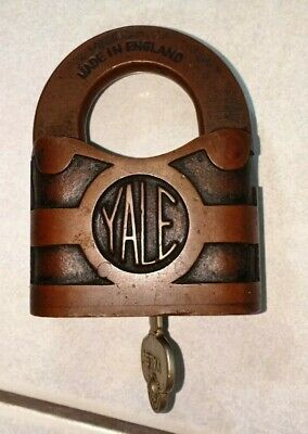 Antique Yale and Towne Junior 225 steel padlock with key great condition and works as it should