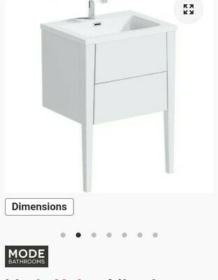 Victoria Plum Mode Wall Hung Vanity, Mode Austin White Wall Hung Vanity Unit And Basin 600mm