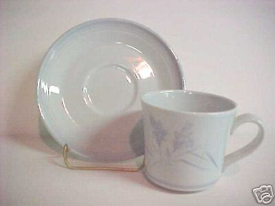 Royal Doulton Whisper LS1047 Cup and Saucer Set(s)