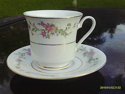 Lynns  China   Floral Red  Roses & Wild Flowers Tea Cup And Saucer Set