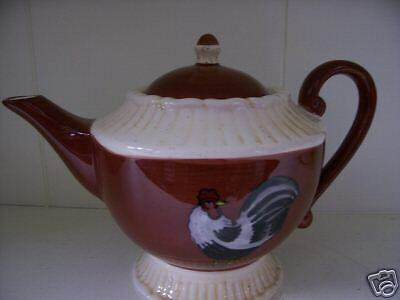 Roosters on Parade Collectable Tea Pot New with Box