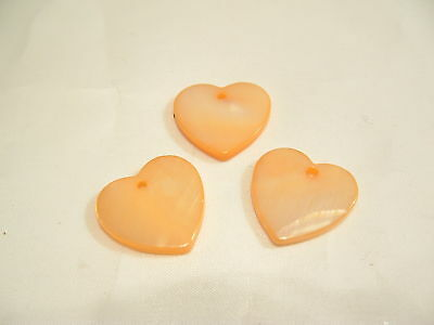 10 x Natural Shell Dyed Heart Beads: BNSB98 Peach