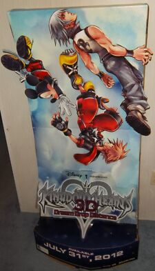 """Kingdom Hearts 3D: Dream Drop Distance"" Promo Display Standee MINT CONDITION"