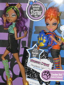 Monster High Howleen Wolf  Clawdeen Wolf  Exclusive Sister Pack Werewolf dolls