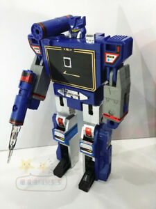 G1 Transformers assorted soundwave and cassettes weapons and accessories